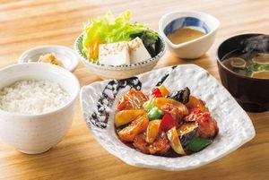 若鶏と野菜の黒酢あん定食